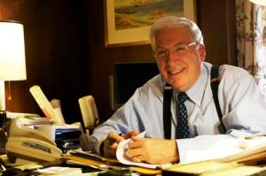 Dr. Charles Shearer